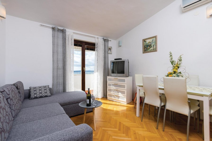Apartment in Croatia, Kaštel Gomilica