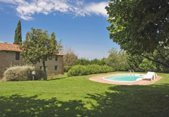 4 bedroom House for rent in Castiglione del Lago