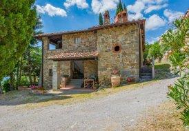 Farm House in Loro Ciuffenna, Italy
