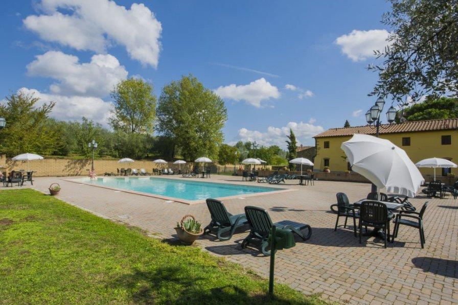 Apartment in Italy, Capraia e Limite