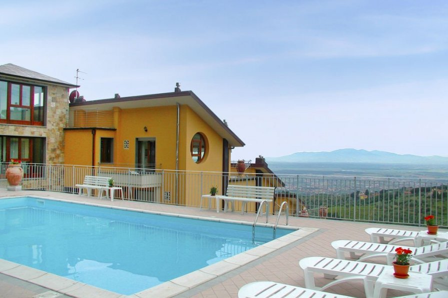 Apartment To Rent In San Baronto Italy With Swimming Pool