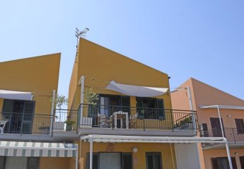 3 bedroom Apartment for rent in Campofelice di Roccella
