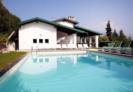 Villa in Paradiso, Italy