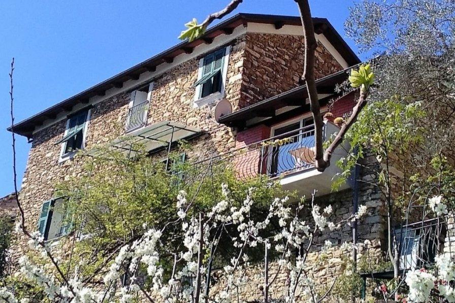Apartment in Italy, Caio