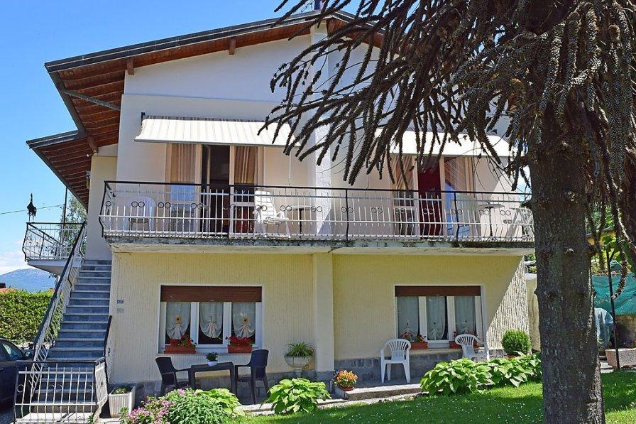 Apartment in Italy, Porto Valtravaglia