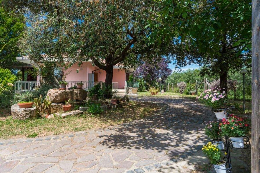 Villa in Italy, Canale Monterano