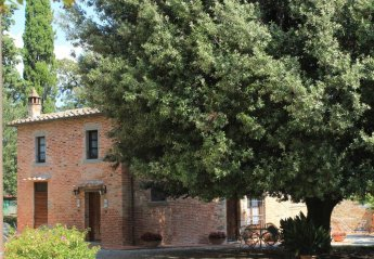 1 bedroom House for rent in Cortona