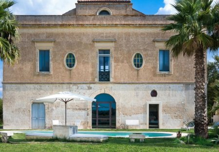 Villa in Cutrofiano, Italy