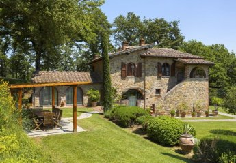 6 bedroom House for rent in Lucignano