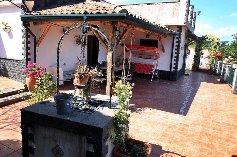 Villa in Italy, Mascali