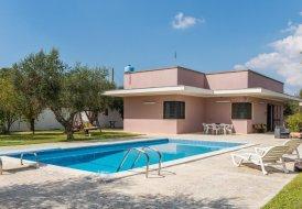 Villa in Martignano, Italy