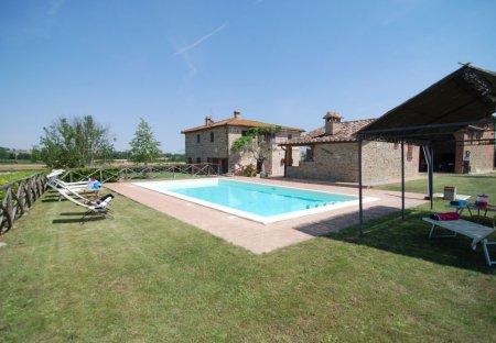 Villa in Paciano, Italy