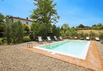 6 bedroom House for rent in Castiglion Fiorentino