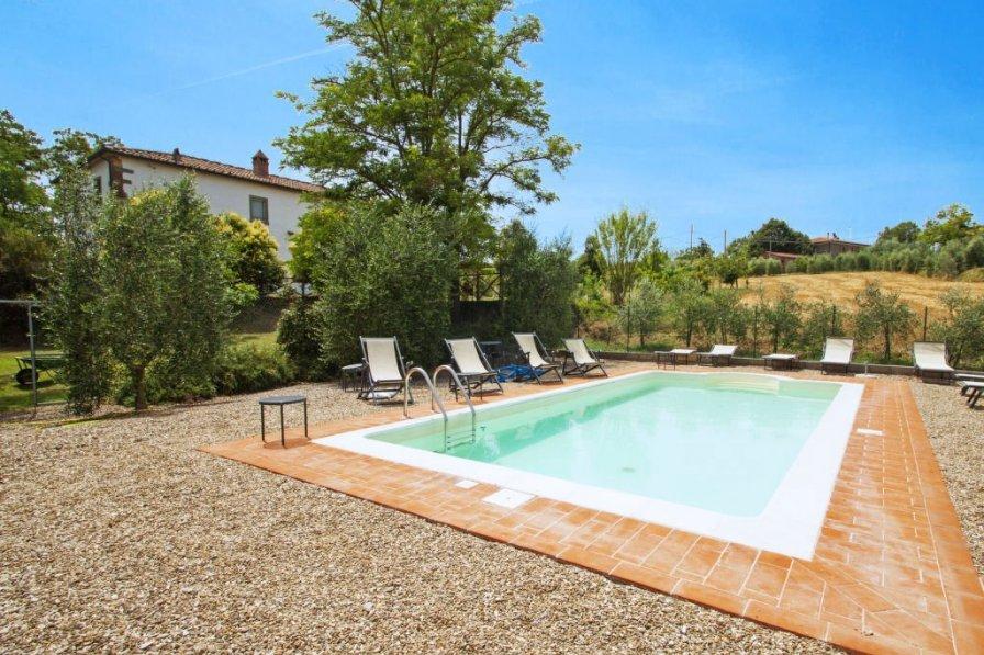Villa in Italy, Osteria