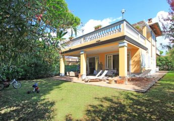 6 bedroom Villa for rent in Forte dei Marmi