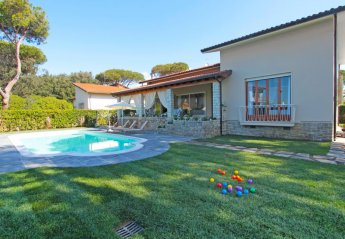 5 bedroom House for rent in Camaiore