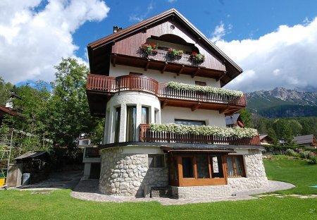 Apartment in Cortina d'Ampezzo, Italy