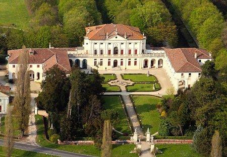 Villa in Levada, Italy