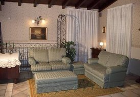 VISCALORI  HOLIDAY HOME COTTAGE