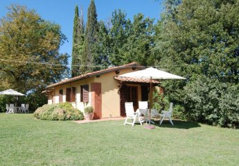 2 bedroom House for rent in Bucine