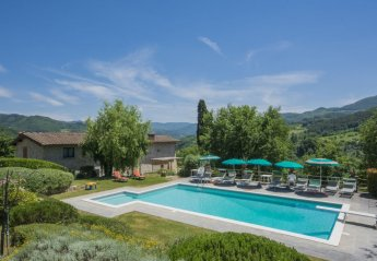 7 bedroom House for rent in Vicchio