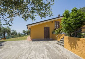 2 bedroom House for rent in Massarosa
