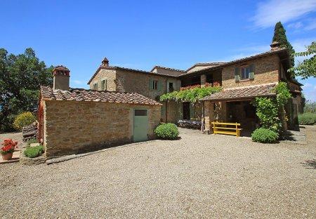 Villa in Arezzo, Italy