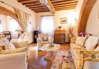 5 bedroom House for rent in Cortona
