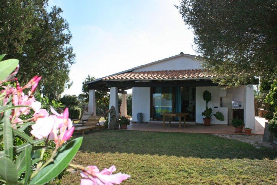 Owners abroad Gardenia