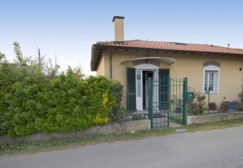 2 bedroom House for rent in Pietrasanta