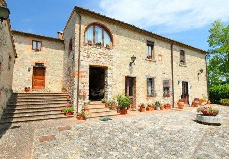 Villa in Monteriggioni, Italy