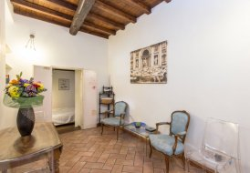 Apartment in Trastevere, Italy