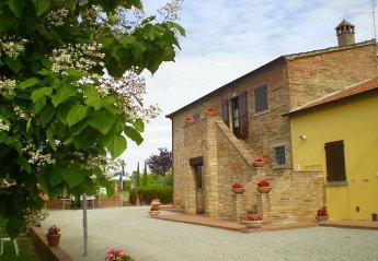 4 bedroom Apartment for rent in Cortona