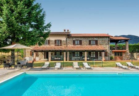 Villa in Colle Aprico, Italy