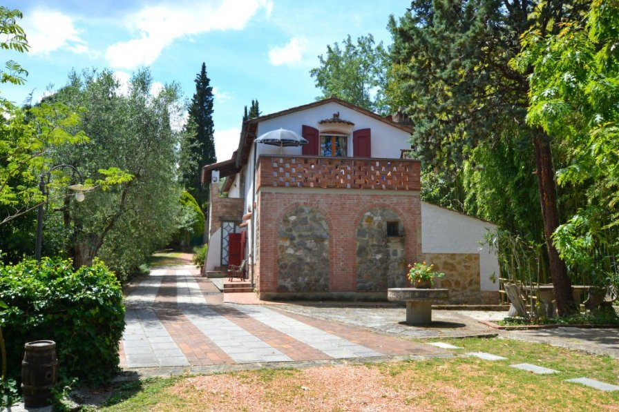 Villa in Italy, Montopoli in Val d'Arno