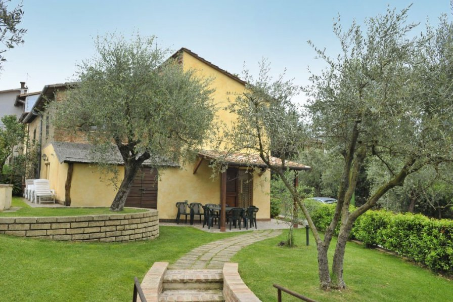 Owners abroad Cascina