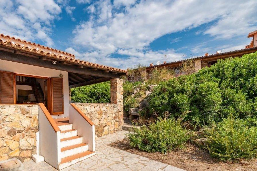 Villa in Italy, Pittulongu