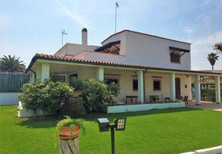Villa in Barletta, Italy