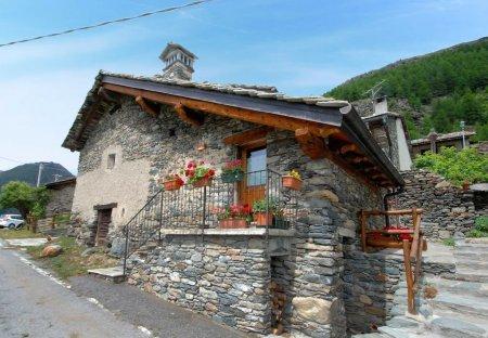 Apartment in Avise, Italy