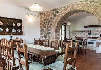 5 bedroom House for rent in Radicofani
