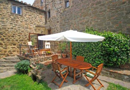Apartment in Montecatini Val di Cecina, Italy