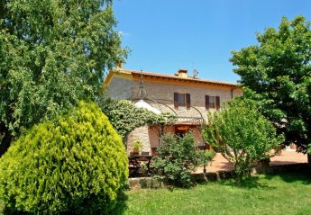 6 bedroom House for rent in Vinci