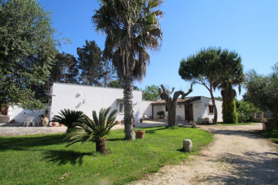 House in Italy, Vignacastrisi
