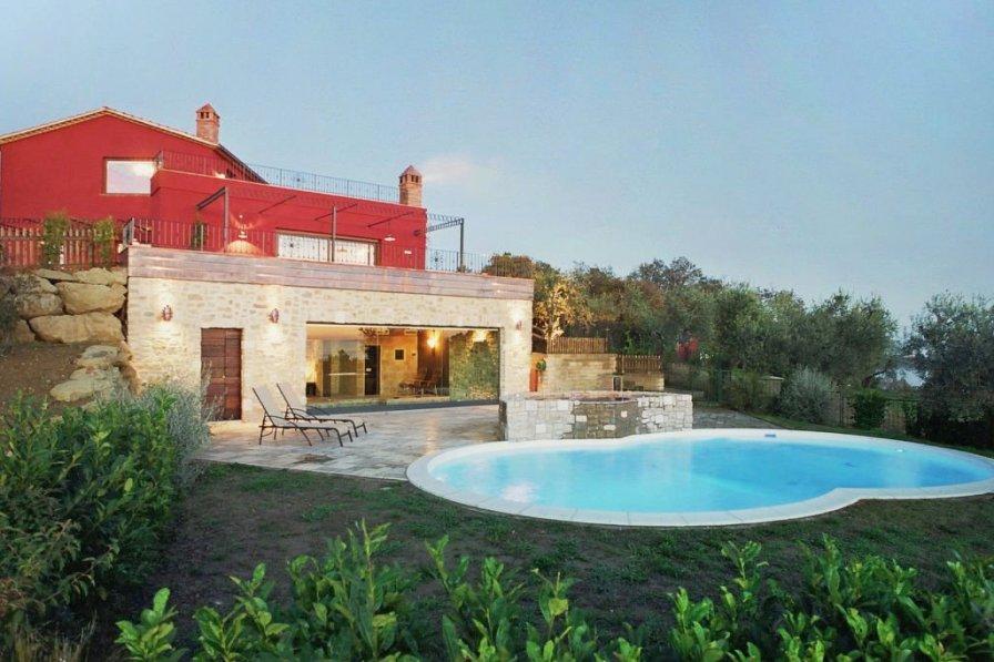 Villa in Italy, Passignano sul Trasimeno