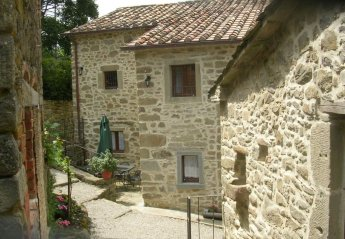 5 bedroom House for rent in Cortona