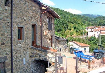 Villa in Valle-Montale, Italy