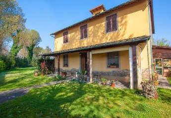 4 bedroom House for rent in Viareggio