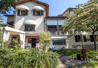 6 bedroom House for rent in Pistoia