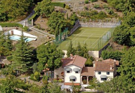 Villa in Pistoia, Italy