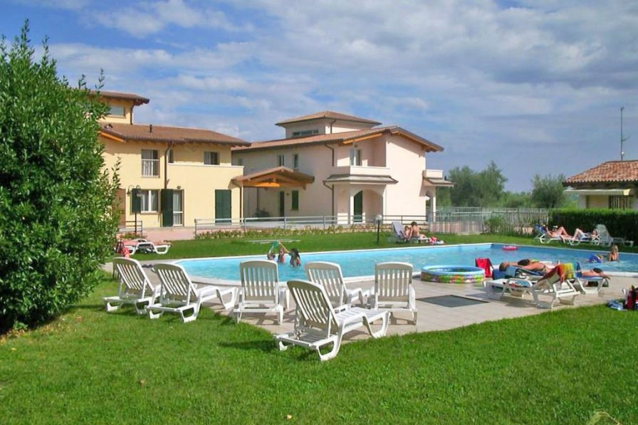 Owners abroad Apartment with swimming pool in Cunettone-Villa
